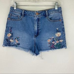 Forever 21 floral embroidered raw hem jean shorts
